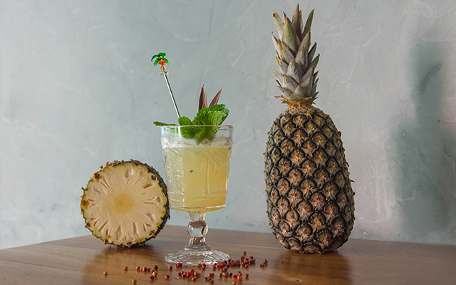 Receita de drinks: abacaxi caliente